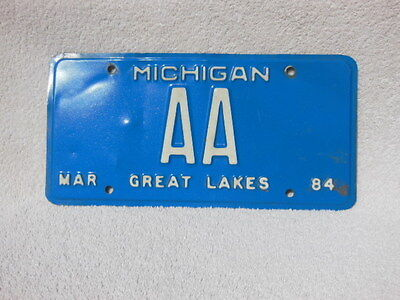 1984 MICHIGAN STATE LICENSE VANITY PLATE AA ANN ARBOR UNIVERSITY of A2 A SQUARED