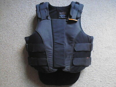 Airowear Outlyne Teen Body Protector T2 Regular black size UK 8-10