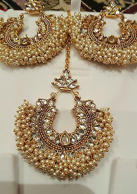 new pakistani/indian bollywood costume jewellery  earrings with tikka white set