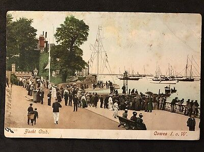 Vintage Postcard - Isle Of Wight #22 - RP Yacht Club, Cowes
