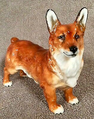 Royal Doulton Medium Welsh Corgi HN2558 - Lot 2/18