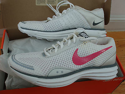 NEW in box Nike LunarTrainer women's 9 US lunar trainer running shoes white/pink