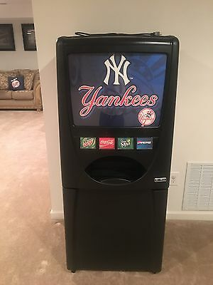 Maytag Skybox Soda Machine-Yankees