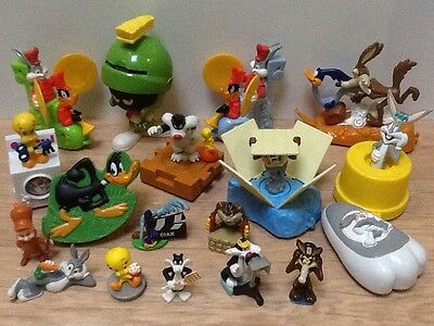 Looney Tunes Figures ~ Warner Bros Rare Bundle ~ Bugs Tweety Taz & More!