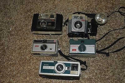 Lot of 5 Vintage Kodak / Keystone Film Cameras Brownie/Hawkeye/Instamatic