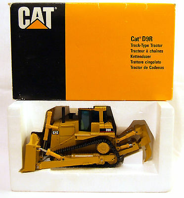 CAT D9R TRACK TYPE TRACTOR DIE CAST SCALE MODEL 1:50 NZG No: 451 MADE IN GERMANY