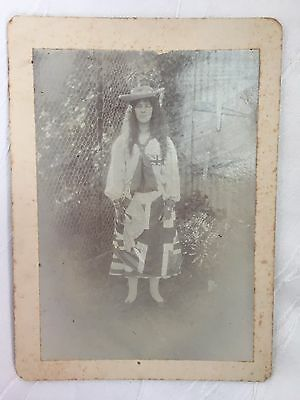 Antique/vintage - Photograph - Young Girl - Very Faded And Worn