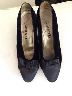 Chanel Black Velvet Satin Toe Evening Shoes Size 38