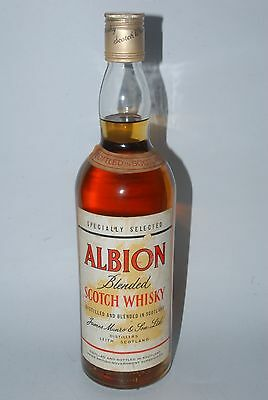 WHISKY ALBION BLENDED FINE OLD SCOTCH WHISKY  AÑOS 70  75cl