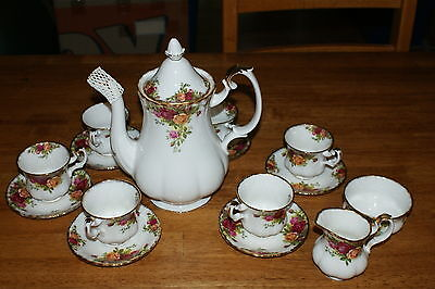 Royal Albert Old Country Roses Coffee Set 1962