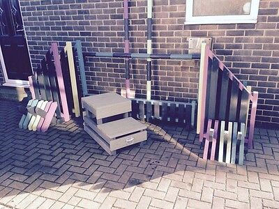 Set of 3 show jump sets With Filler, Cavaletti Wings And Horse Mounting Block