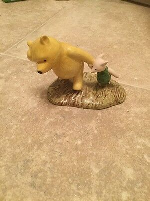 """Royal Doulton Winnie the Pooh """"Pooh and Piglet the windy day"""" WP2"""