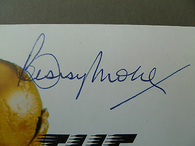 Bobby Moore England & West Ham Utd hand signed World Cup FDC