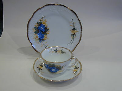 Lovely vintage/victorian Trio, tea cup, saucer & plate floral and gilded