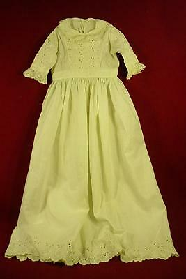DARLING ANTIQUE VINTAGE EARLY 1900s LONG WHITE BABY GOWN & BONNET NICE FOR DOLLS