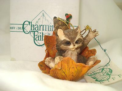CHARMING TAILS EARLY REGINALD IN THE LEAVES DEAN GRIFF ( In Box )