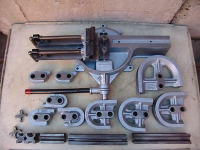 Parker H 824 Manual Pipe Tube Bender 9 Shoes And Follow Bars   Great Unit