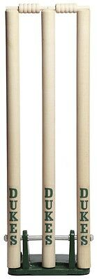 Dukes Spring Return Cricket Stumps - Loaded Stumps / Indoor  / Outdoor Use