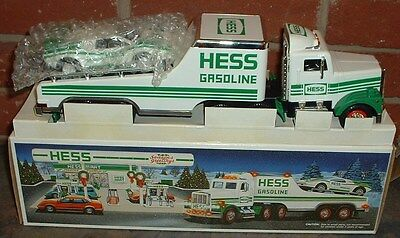Hess Gasoline '91 Truck and Racer