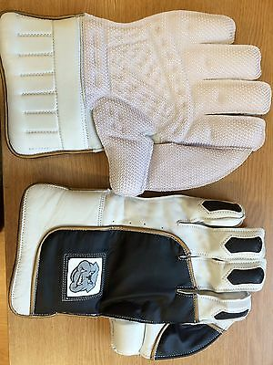 Bulldog Wicket Keeping Gloves - Men's - Super Soft Leather Pro Grade