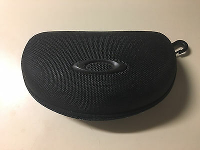 Oakley Sunglasses Black Zipper Case - vault large frame hard