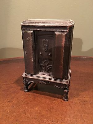 1933- 1934 Majestic Radio Advertising Coin Bank Cast Metal, Nice Condition!
