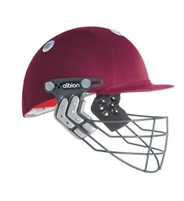 Albion Ultimate Classic Cricket             Helmet.    Mens Large -RRP $109.00