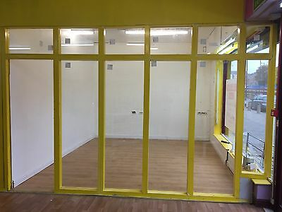 shop/offices to let in a new business centre