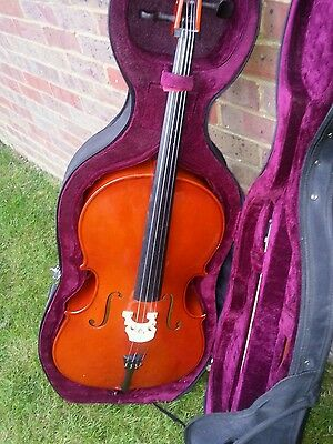 Gear4 Cello, 1/4 Size, with Bow and Padded Case - Good Condition