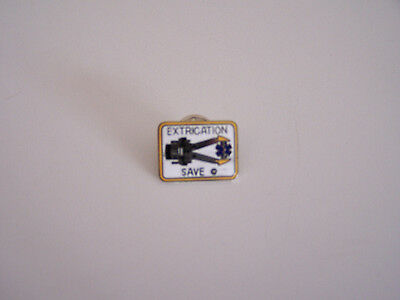 Fireman Extrication Save Pin, Features Jaws Of Life Tool  !!!!  Vintage !!