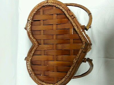 VINTAGE  Heart Shaped Picnic Basket, sewing basket W/ Lid, bamboo and wicker