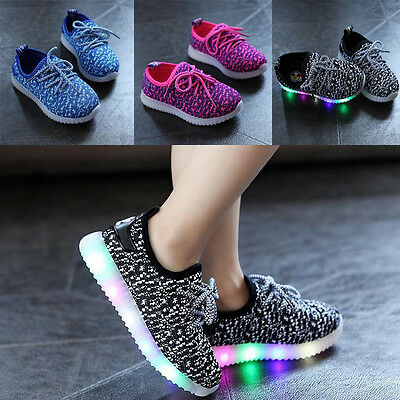 2017 Unisex  Fashion LED Light Up Luminous Sneakers Kids Running shoes  LOVE