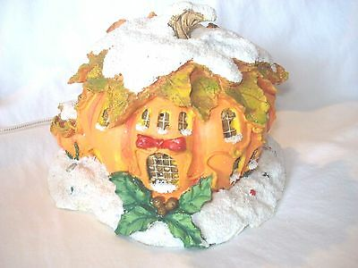 Charming Tails By Dean Griff Silvestri Pumpkin Inn #87522 Lighted w/Box & Signed