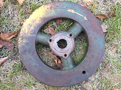 Lister Lr1 Stationary Engine. Flywheel