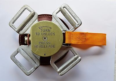 Parachute quick release box-New old stock