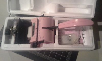 Zutter Bind-it-all binder - Pink punch & bind any project