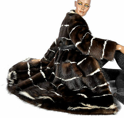 M L Skunk Pelzmantel Skunks fur coat striped Stinktier Fell Fellmantel gestreift