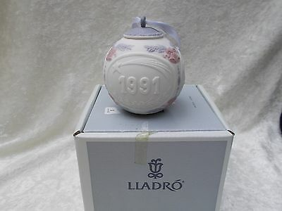 Lladro 1991 Christmas Bell Ornament in the Box