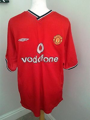 "Umbro Red Manchester United Football Shirt Vodafone Size Medium M 40"" Chest"