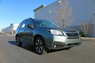 2017 Subaru Forester 2.5i. Fog lamps, alloy wheels! 2017 Subaru Forester 2.5i. Fog lamps, Alloy wheels, Backup Camera LOW MILES!