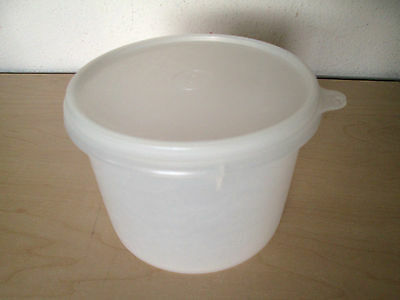 Vintage Tupperware Storage Container *b* #263 & Lid #238.  Shear White.
