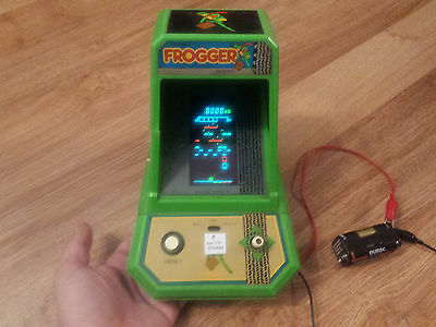 Vintage Coleco Frogger Electronic Arcade Tabletop Game (works)