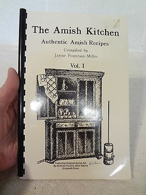 Vintage BOOK - HOLMES COUNTY OHIO - THE AMISH KITCHEN VOL. 1 COOKBOOK