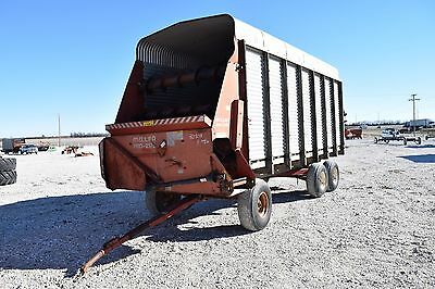 Miller Pro 2175 Forage Silage Wagon