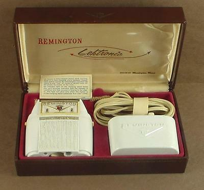 Vintage Remington Rand Lektronic Electric Shaver in Case Not Working As-Is