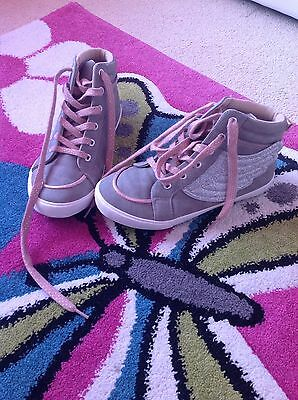 girls high top sneakers/ shoes,size 3