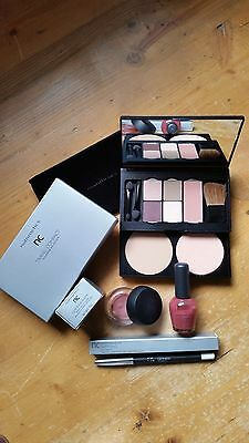 NUTRIMETICS ' Make Up COMPACT SET - LINER / Nail Lacquer ' Br New RRP $179