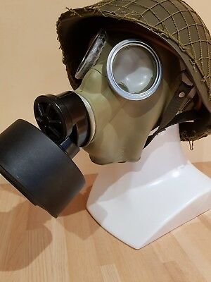 NEW Polish MC-1 GAS MASK WITH  FILTER FP5  AND ORIGINAL CARRY RUBBERISED  BAG