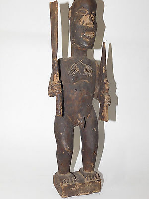 Original Best antiques wood carved Warrior standing figure ,Papua New Guinea