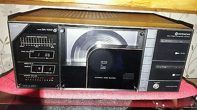 HITACHI DA-1000 Compact Disc Player. Very good condition. Working well.